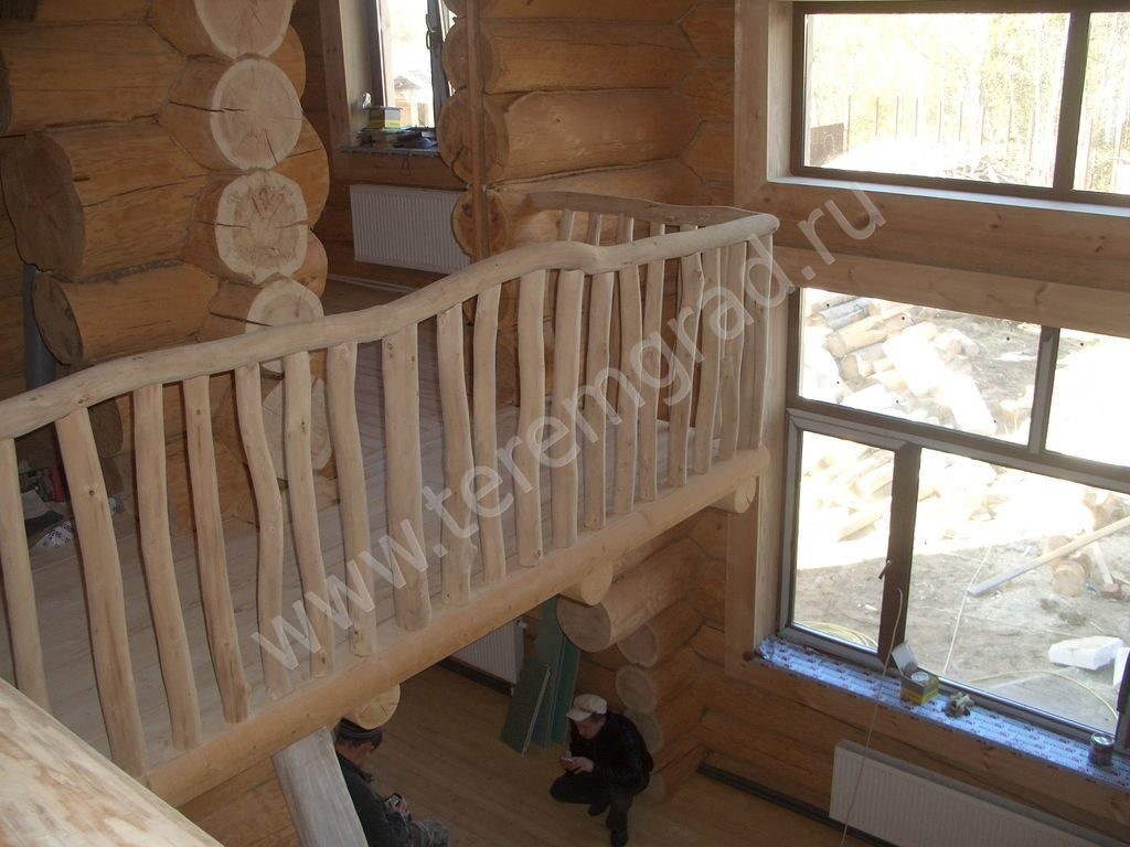 Балкон в доме. балкон внутри дома. внутренняя терасса.