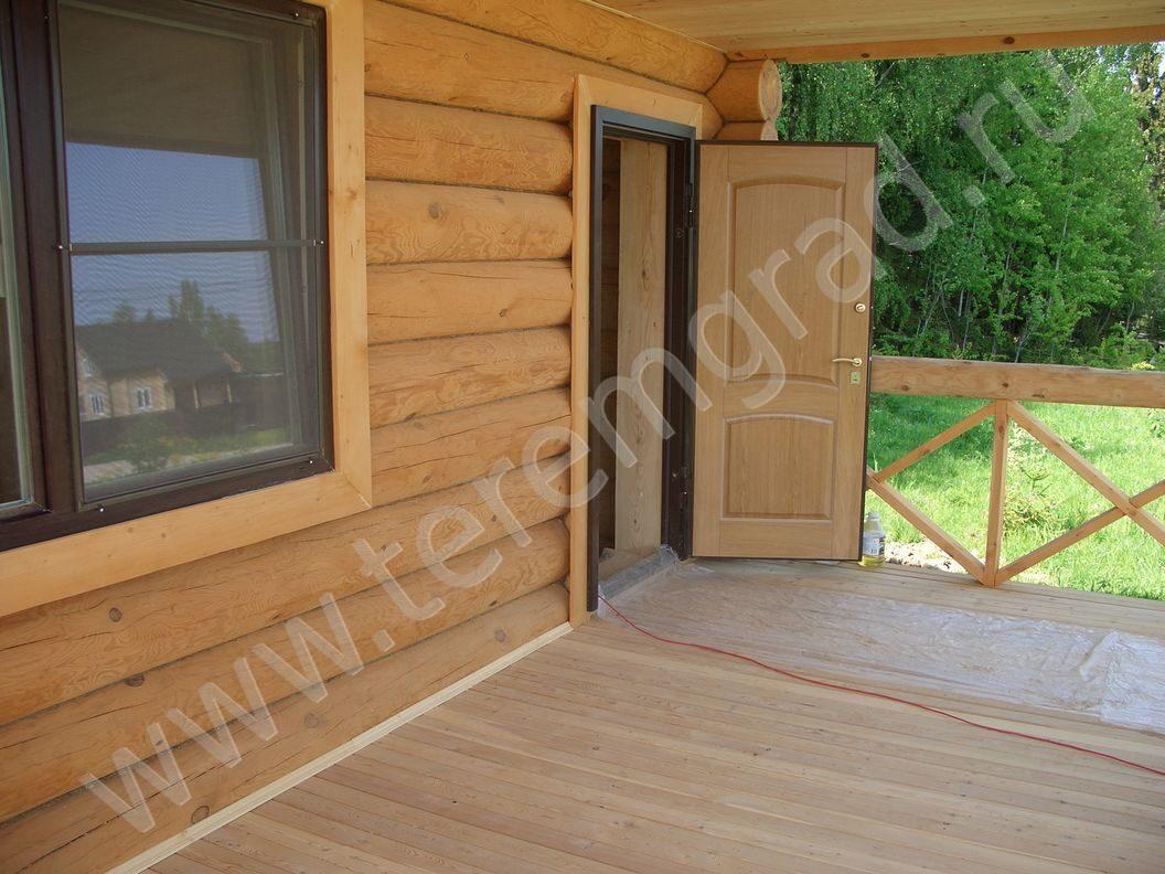 металлическая дверь для бревенчатого дома